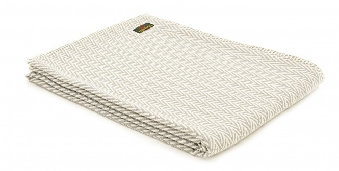 organic-cotton-herringbone-throw-blanket-silver-grey-p10760-44072_medium